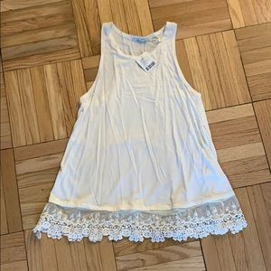 Kimchi Blue Urban Outfitters White Lacey Tank sz S
